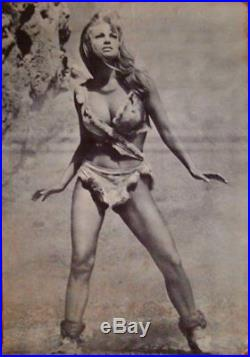 ONE MILLION YEARS B. C Vintage 1967 commercial movie poster 29x42 RAQUEL WELCH