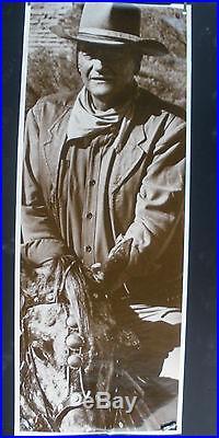 Rare John Wayne Western 1981 Vintage Original Big Life Size Movie Pin Up Poster