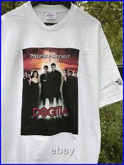 Vintage 90s Y2K Dogma Movie Poster Promo Tee Shirt Graphitti Ben Affleck White