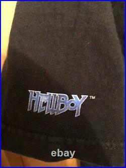 Vintage Hellboy Dark Horse Deluxe Movie PosteR Shirt Tee Medium 2004 Liz Sherman